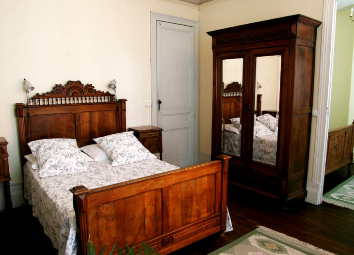 Julien accommodation at Villa St Simon, Blaye, Bordeaux