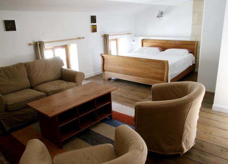 Le Cone accommodation at Villa St Simon, Blaye, Bordeaux